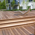 Réalisation d'une terrasse en caillebotis
